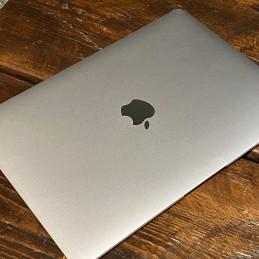"MacBook Pro 13"" (2,4 GHz, 250 GB SSD)"