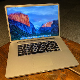 "Apple MacBook Pro 17"" (4 GB..."