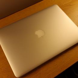 "Apple MacBook Air 11"" (i5 1,7 GHz, 4/128 GB)"