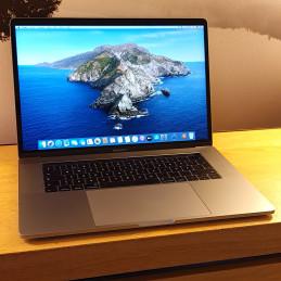 Apple MacBook Pro Touch Bar...