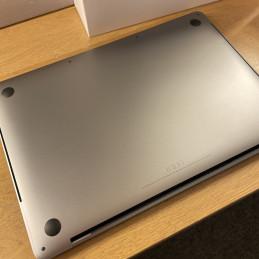 Apple Mac mini (i5 2,3 GHz, 8/500 GB)