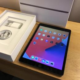 Apple iPad 8. sukupolvi...