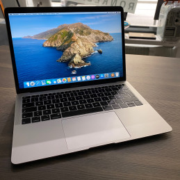 "Apple MacBook Air 13""..."