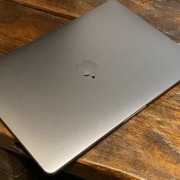 "iMac 27"" (i5, 8 GB, 1 TB)"